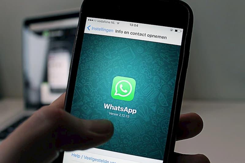 WhatsApp proíbe temporariamente